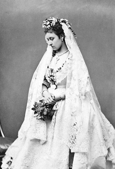 Принцесса Луиза в подвенечном наряде.